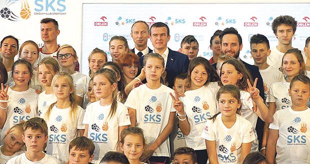 Program SKS – Ministerstwo Sportu i Turystyki w trosce o zdrowie dzieci i młodzieży