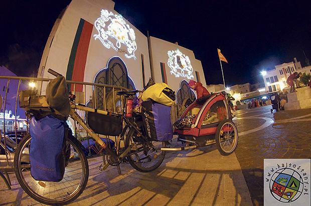 W piątkę rowerem przez świat