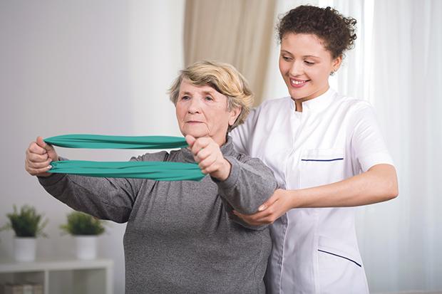 Fizjoterapeuta: ruszajmy się dużo, ale odpowiedzialnie