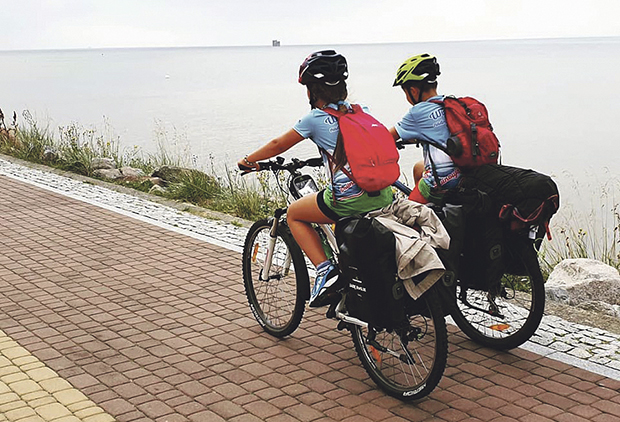 Rodzinnie na szlakach górskich i rowerowych