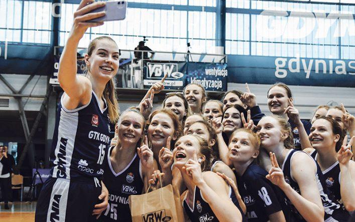 Chcą dojść na szczyt z wychowankami. Jak w Gdyni odbudowuje się koszykarską potęgę